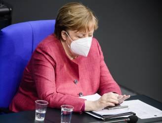 Merkel verdedigt plannen voor avondklok