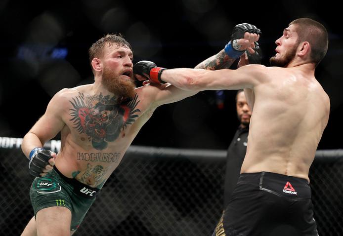 Het gevecht tussen Nurmagomedov en McGregor duurde vier rondes.