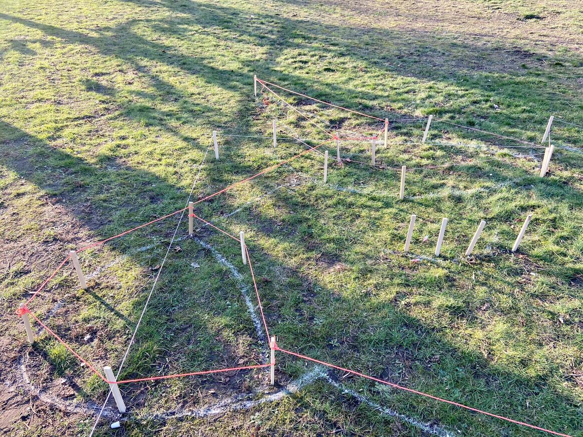 De contouren voor de eenhoorn zijn dinsdag aangebracht