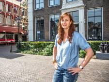 Elles Hetebrij zet nieuwe stap met restaurant 'Meneer Jan' in Zwolle, recht tegenover haar café