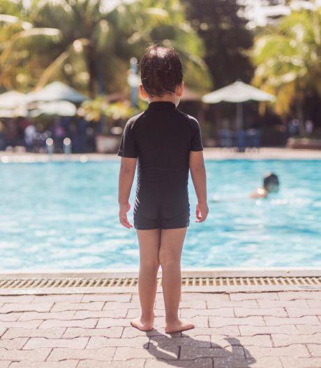 Wil je kind niet zwemmen? 'Vaak heeft dit te maken met onvoldoende contact met water in de babytijd'