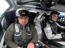 Presentator Matthijs uit Nijverdal vol gas over circuit van Assen: 'Na eerste ronde was de angst verdwenen'
