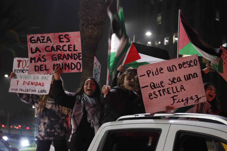 Chileense Palestijnen tijdens een betoging waarbij ze zich solidair verklaren met de Palestijnse slachtoffers van Israëlische aanvallen op Gaza, afgelopen mei.