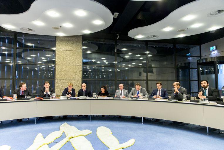 De Kamer overlegt met Asscher en Van der Steur over de preventie van radicalisering. Beeld anp