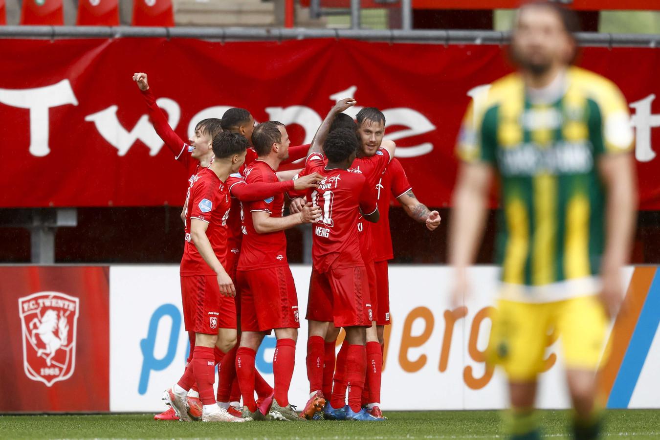 Eindelijk hadden de spelers van FC Twente weer eens wat te vieren.