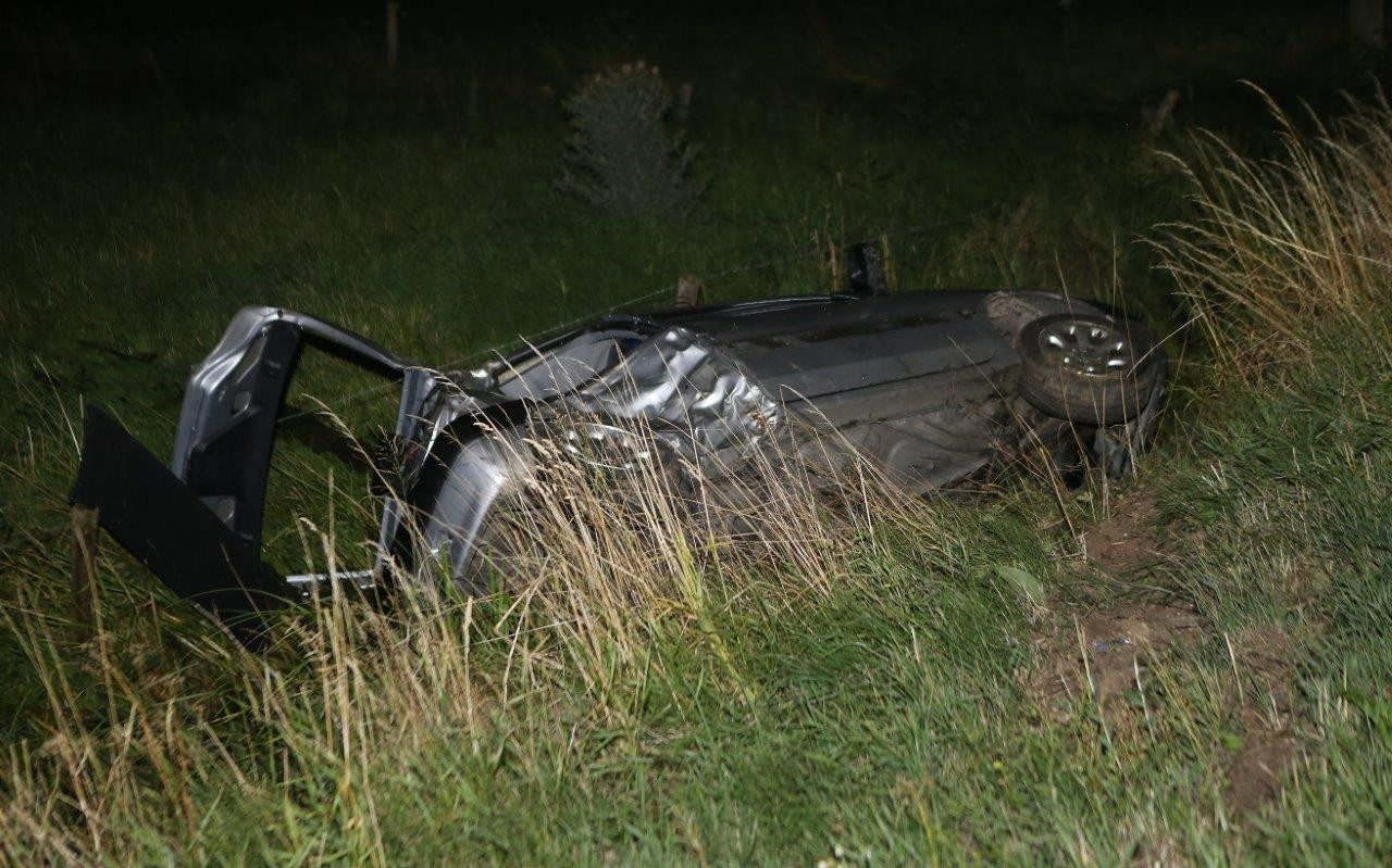 Auto total loss na ongeluk in Hedel