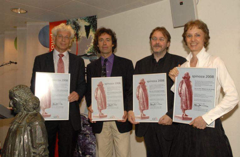 De winnaars van de NWO-Spinozapremie 2008. Foto NWO/Arie Wapenaar Beeld