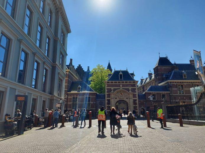 Opnames bij het Binnenhof voor een nieuwe dramaserie over Pim Fortuyn.