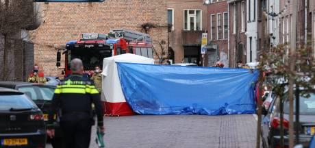 Man (30) overleden na val van dak in Zwolle