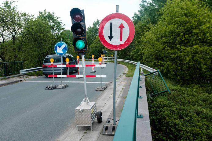 Herstelling van brugleuning over E314.