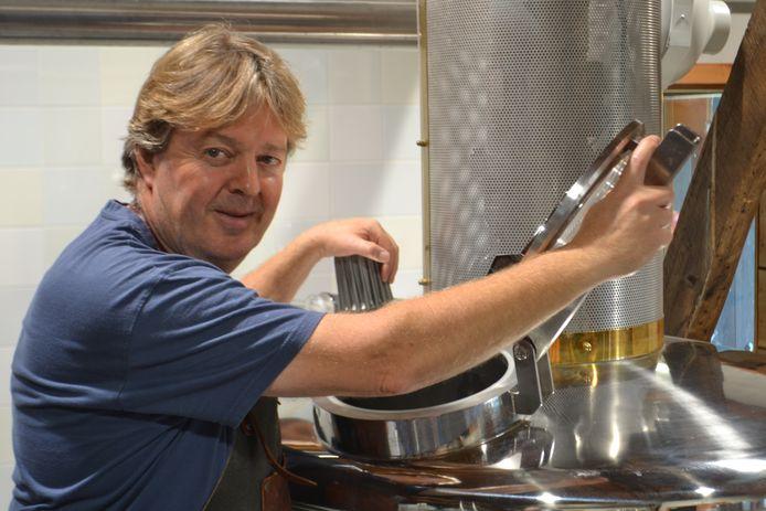 Ad Kusters van dorpsbrouwerij de Pimpelmeesch in Chaam.