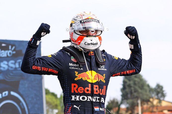 Verstappen wint voor het eerst in Italië.
