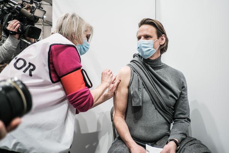 Ook het 'vaccinatiedorp' van Antwerpen is inmiddels opgestart. Beeld Bob Van Mol