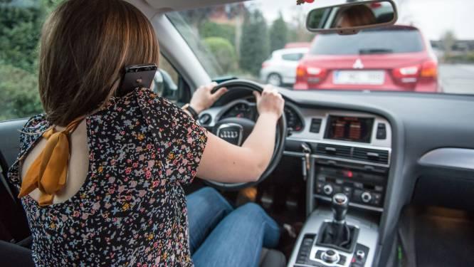 Politie betrapt 13 chauffeurs met gsm achter stuur bij verkeersactie in Oudenaarde