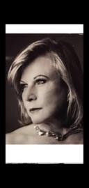 Uitbaatster Irene Schmeisser, op haar zeventigste verjaardag.