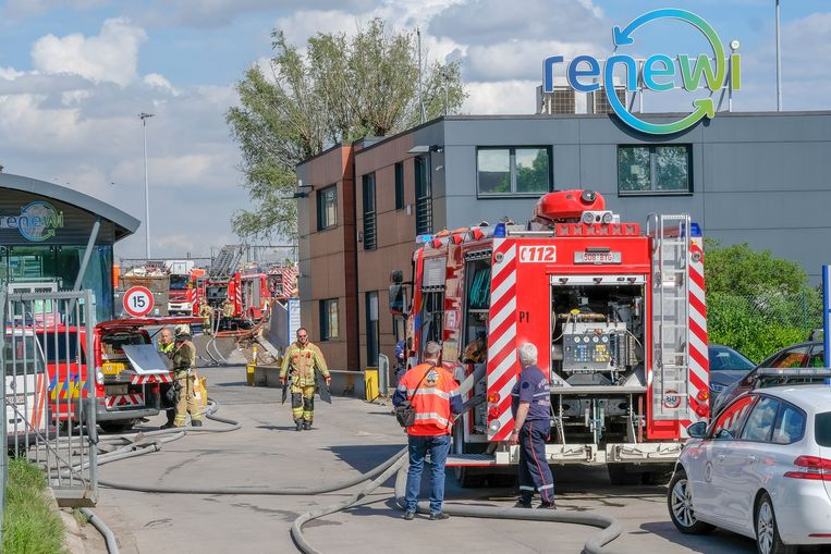 De brand brak gisteren uit bij afvalverwerker Renewi.