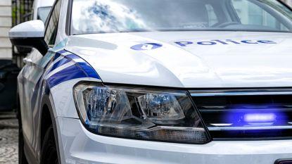 Jongeman probeert ex-vriendin (18) te ontvoeren in Aarlen: politie rijdt voertuig klem op snelweg