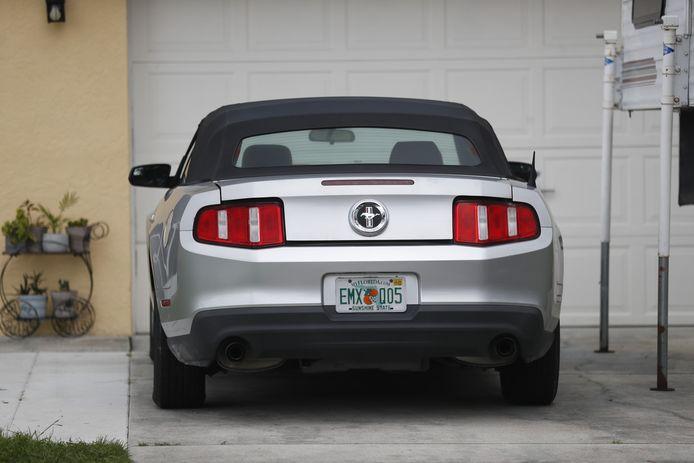 De familie van de vermiste Brian Laundrie vond zijn Ford Mustang en bracht die weer naar huis.
