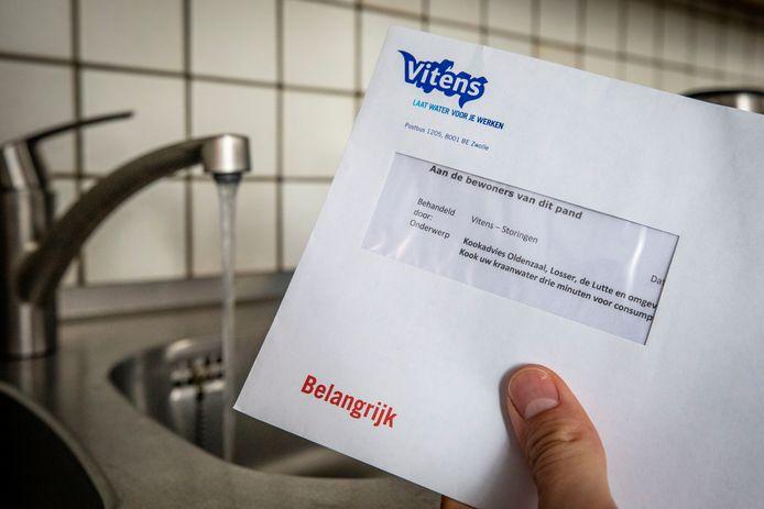 Inwoners van Oldenzaal en omstreken kregen een mail én brief over het vervuilde water uit hun kraan.