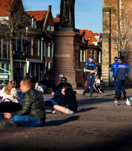 Delftenaren zijn het spuugzat en creëren eigen terrasplekken