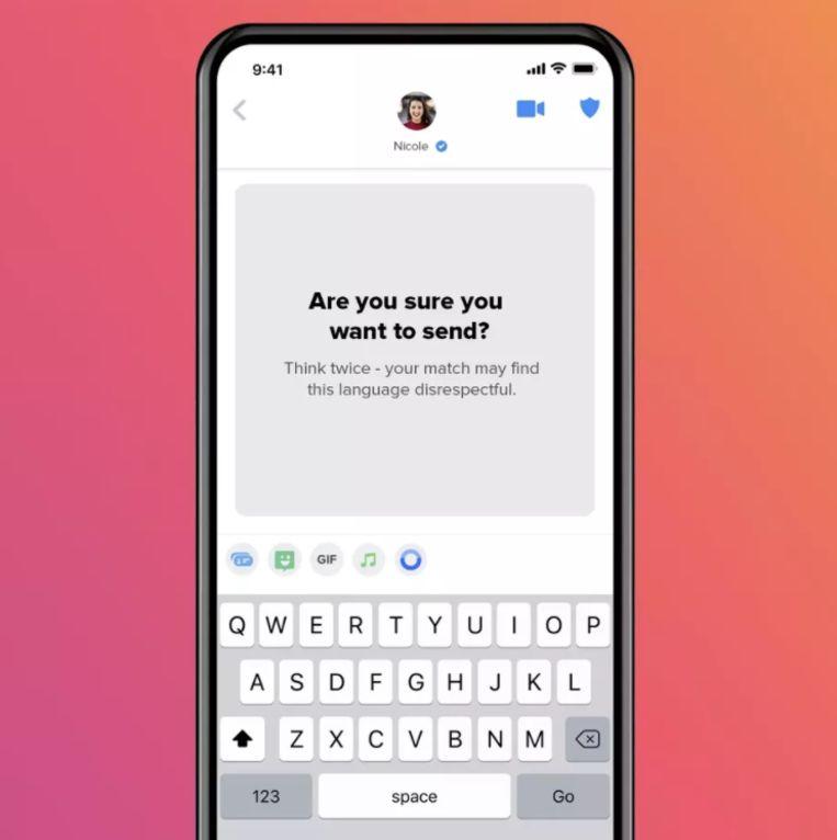De nieuwe 'Are You Sure'-functie van datingapp Tinder. Beeld Tinder