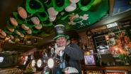 Pubuitbater viert St. Patrick's Day met karaoke