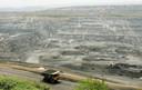 Colombia is een van de grootste steenkoolproducenten ter wereld geworden, maar ook in deel van de steenkoolmijnen hebben drugskartels het inmiddels voor het zeggen. De mijn op deze foto is overigens niet in Amagá waar mogelijk de steenkool die, gedrenkt in cocaïne, naar Nederland werden gesmokkeld. Dit is een vergelijkbare Colombiaanse steenkool mijn in Barracas, enkele honderden kilometers ten noorden van Medellín.