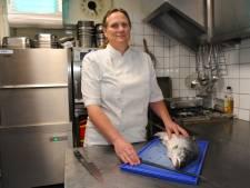 'Keukenpersoneel gedroeg zich als roedel oversekste bavianen'