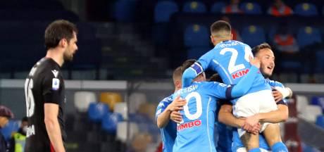 Naples, avec Mertens, bat Bologne et reste dans la course