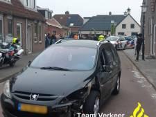 Dronken man botst met auto tegen woning in Zoutkamp