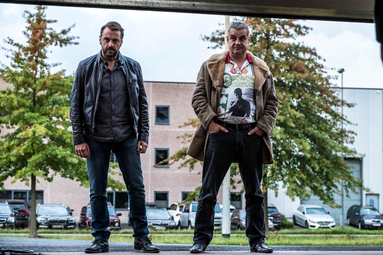 Tom Waes en Frank Lammers in het derde seizoen van 'Undercover'. Beeld © VRT - NyklyN