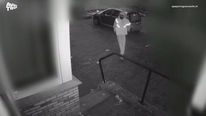 Twee mannen die zich voordeden als pakketbezorger drongen in januari het huis van Balk binnen.