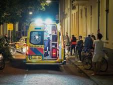 Verwarde man gooit huisraad en tv uit raam; politie moet hem tot bedaren brengen