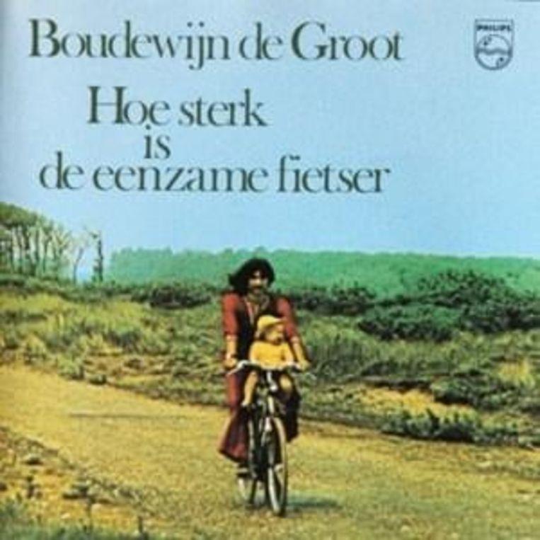 Boudewijn de Groot met Jimmy op de hoesfoto van het album 'Hoe sterk is de eenzame fietser' (1973). Beeld
