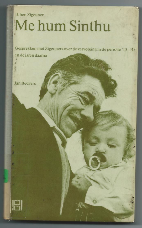 De cover van het boek 'Ik ben zigeuner', met Tatta Hanstein.