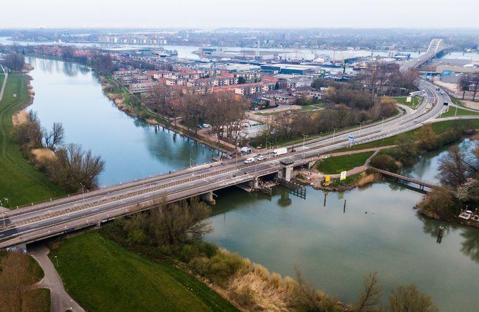 De Wantijbrug in Dordrecht is vanaf vandaag weer open na lang onderhoud.