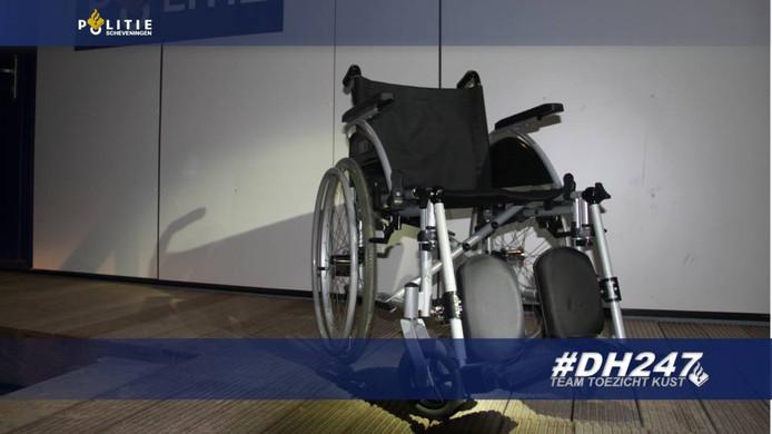 De gestolen rolstoel.