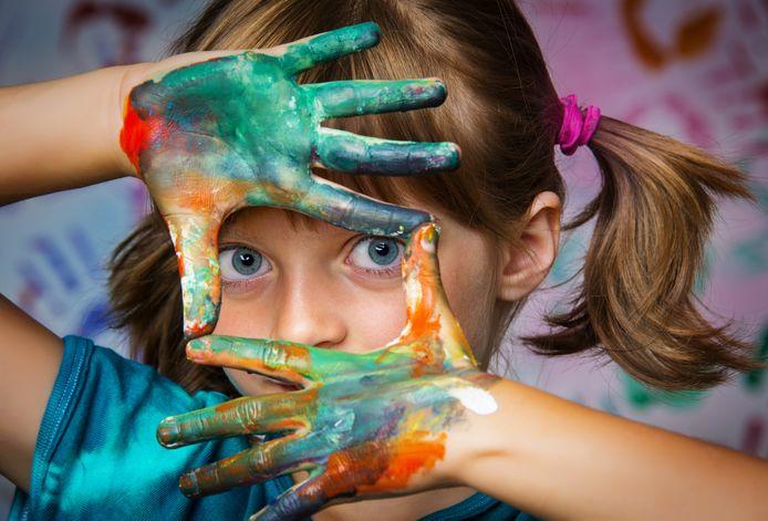 CultuurCompaan Roosendaal wil tijdens de lessen cultuur op basisscholen en in het voortgezet onderwijs vooral het artistiek en creatief vermogen van leerlingen stimuleren.