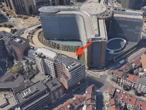 Ce bâtiment bruxellois situé face à la Commission européenne est-il un cheval de Troie chinois?