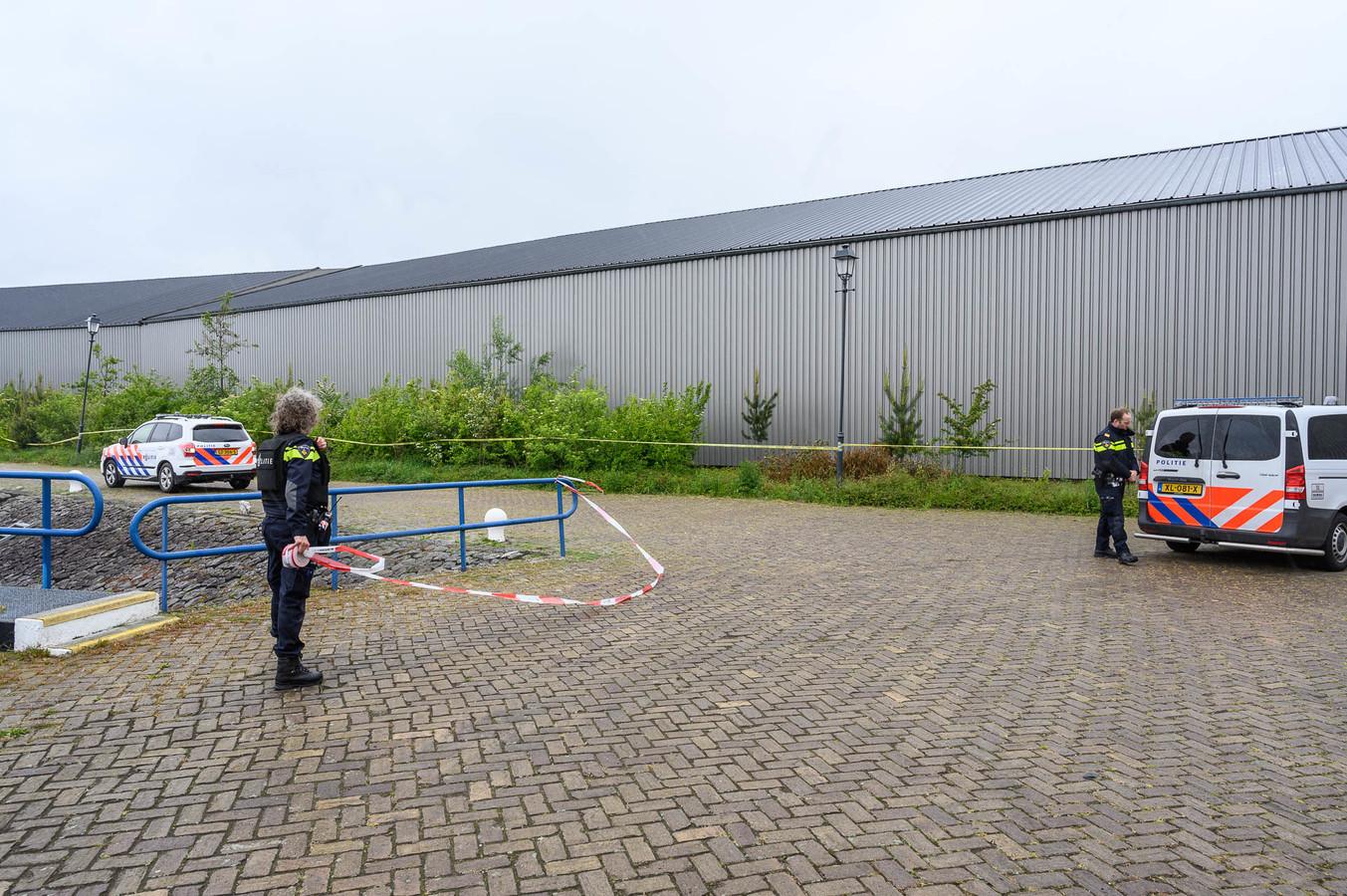 Drugslab gevonden op binnenvaartschip bij Havenkant in Moerdijk.