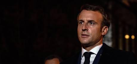 Macron renforce la surveillance de la propagande islamiste en ligne et la sécurité des écoles