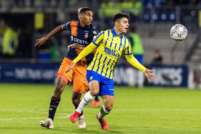 Ayman Azhil tijdens RKC - Willem II.