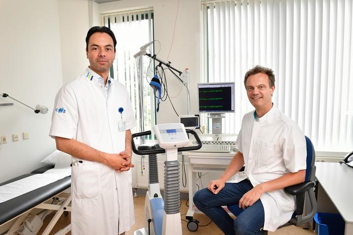 Marc Gomes van het CWZ (links)  en Marc Brouwer van het Radboudumc.