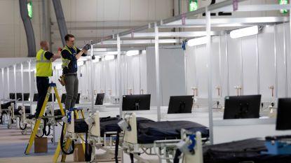 Gigantisch veldhospitaal voor coronapatiënten geopend in Londen