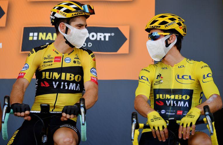 Wout van Aert (links) met ploegmaat Primoz Roglic (rechts) in de Tour. Beeld BELGA