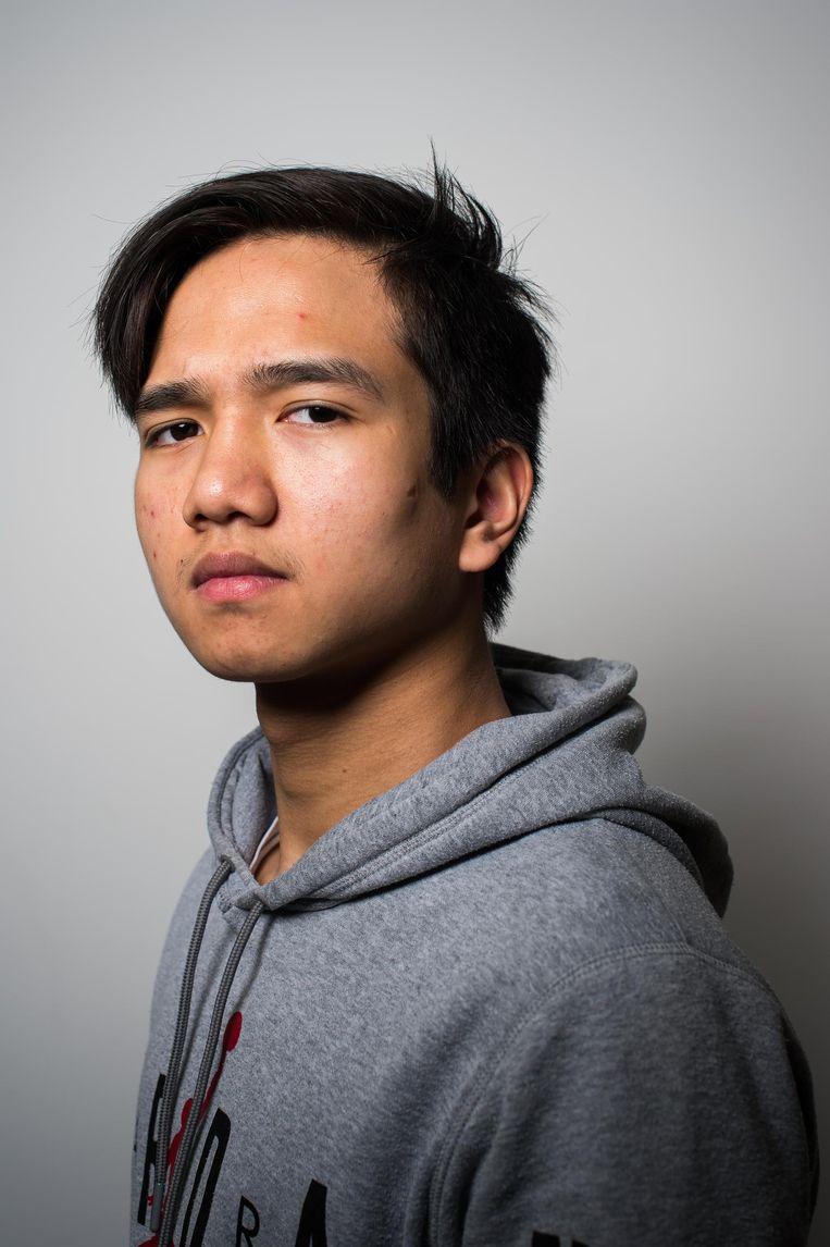 Ken Satchantook (16): 'We moeten als vmbo'ers echt vroeg kiezen.' Beeld Mats van Soolingen