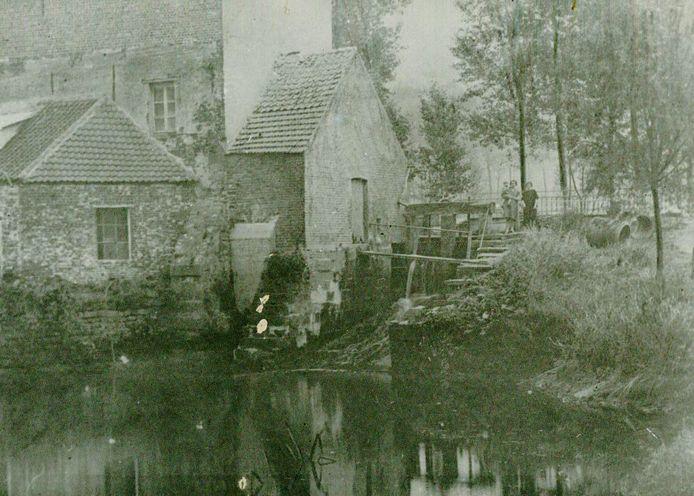 De watermolen van Viane in de jaren 20.