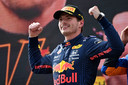 Max Verstappen is momenteel de grote man in de Formule 1. Hij viert in Oostenrijk zijn derde opeenvolgende zege.