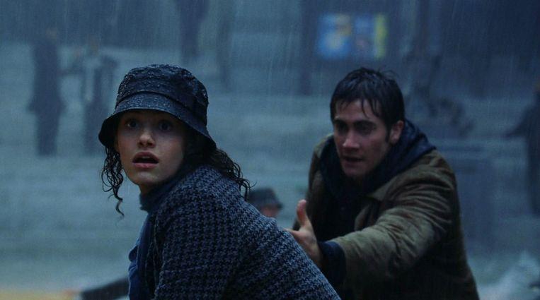 Emmy Rossum en Jake Gyllenhaal in The Day After Tomorrow van Roland Emmerich. Beeld