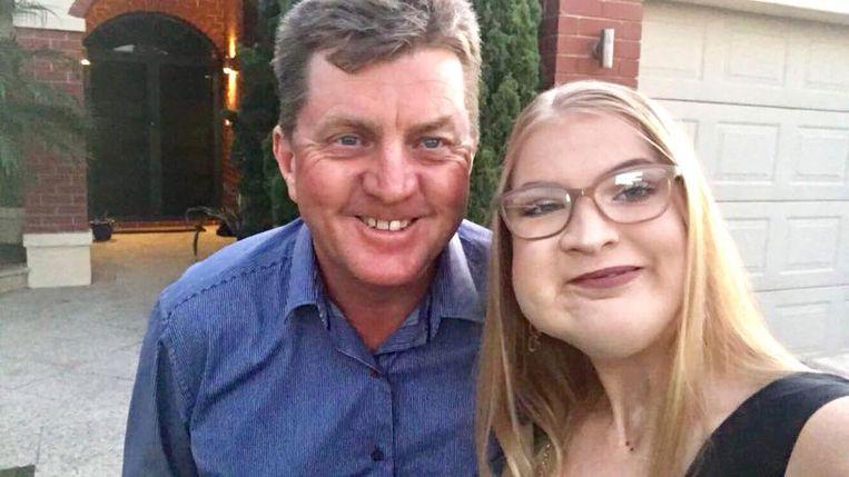 Phoebe en haar vader Howard.